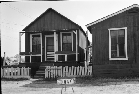 House labeled East San Pedro Tract 046B (ddr-csujad-43-126)