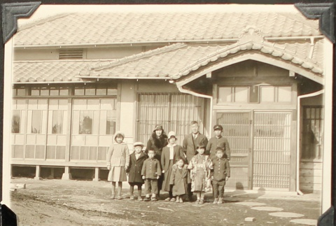 Two families in Japan (ddr-densho-259-374)