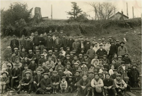 Sawmill workers and families (ddr-densho-178-1)