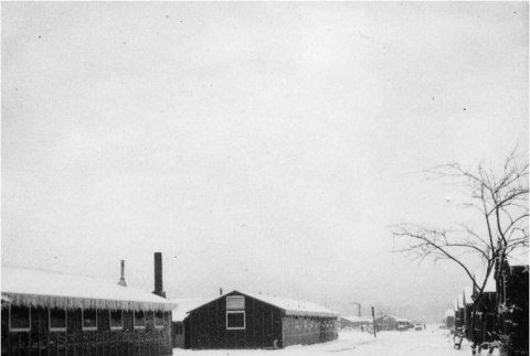Concentration camp in the snow (ddr-densho-167-12)