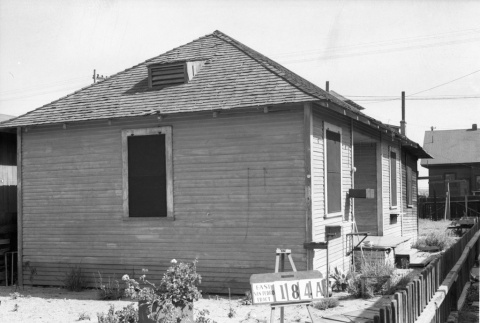 House labeled East San Pedro Tract 184A (ddr-csujad-43-104)