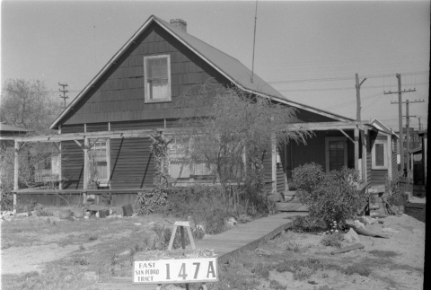 House labeled East San Pedro Tract 147A (ddr-csujad-43-28)