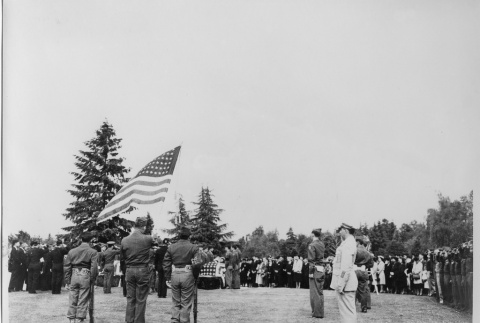 Funeral service for Nisei soldier (ddr-densho-114-757)