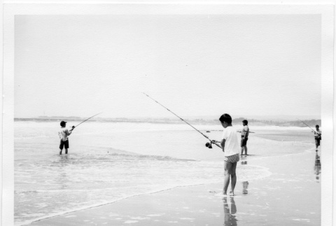 Lots of Water, But Where's the Fish? (ddr-jamsj-1-333)