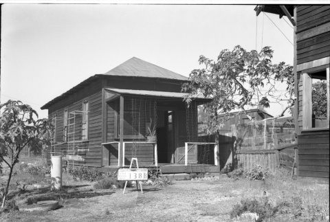 House labeled East San Pedro Tract 138B (ddr-csujad-43-75)