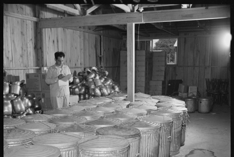 Packing mess hall dishes (ddr-densho-37-620)
