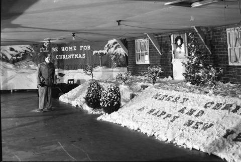 Christmas decorations in an activity hall (ddr-fom-1-55)