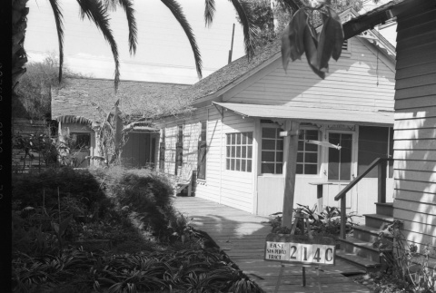 House labeled East San Pedro Tract 214C (ddr-csujad-43-113)