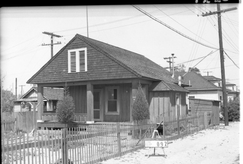 House labeled East San Pedro Tract 092 (ddr-csujad-43-81)