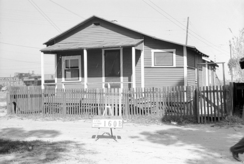 House labeled East San Pedro Tract 160B (ddr-csujad-43-65)