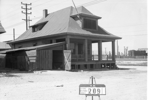 House labeled East San Pedro Tract 209 (ddr-csujad-43-162)