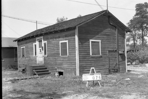 House labeled East San Pedro Tract 076 (ddr-csujad-43-91)