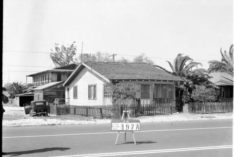 House labeled East San Pedro Tract 197A (ddr-csujad-43-140)