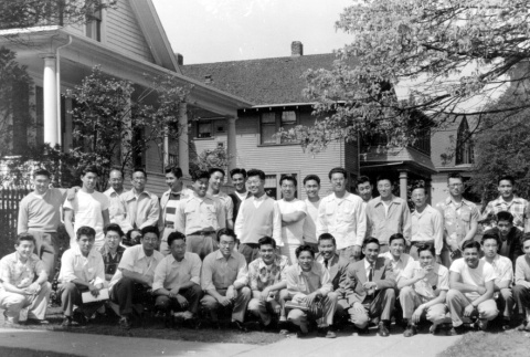 Members of SYNKOA in front of the Japanese Students Club clubhouse (ddr-densho-45-2)